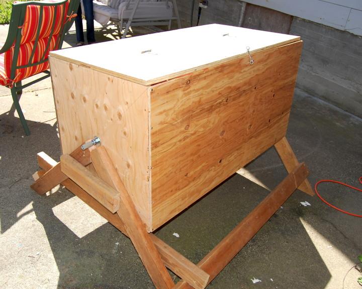 savvyhousekeeping's compost bin
