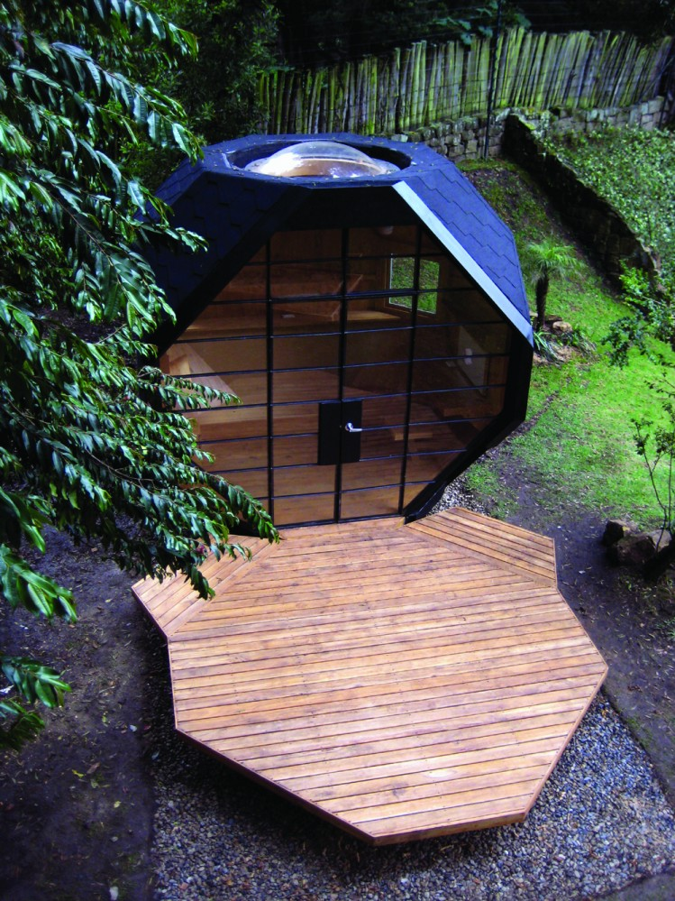 savvy housekeeping polyhedron garden house