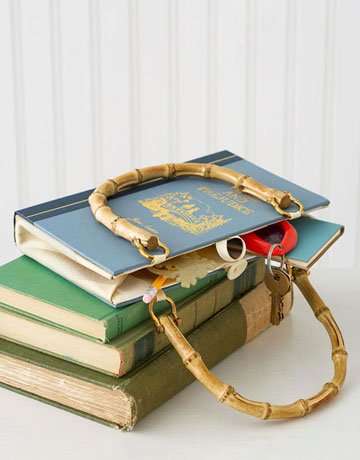 savvyhousekeeping recycle a book into a purse bag