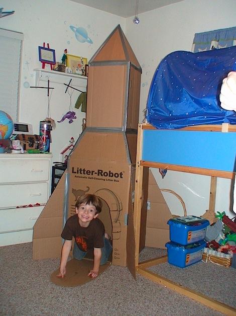 savvyhousekeeping cardboard box castle