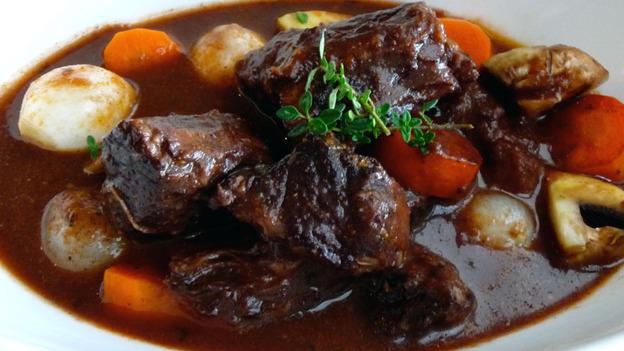 savvyhousekeeping beef bourguignon