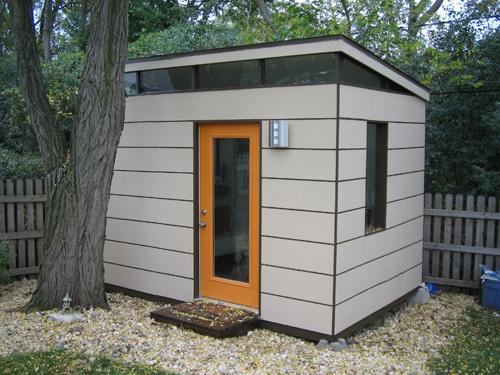 savvyhosuekeeping backyard barn to modern studio