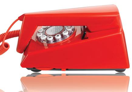 savvyhousekeeping retro red wall phones