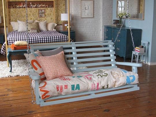 savvyhousekeeping indoor porch swing