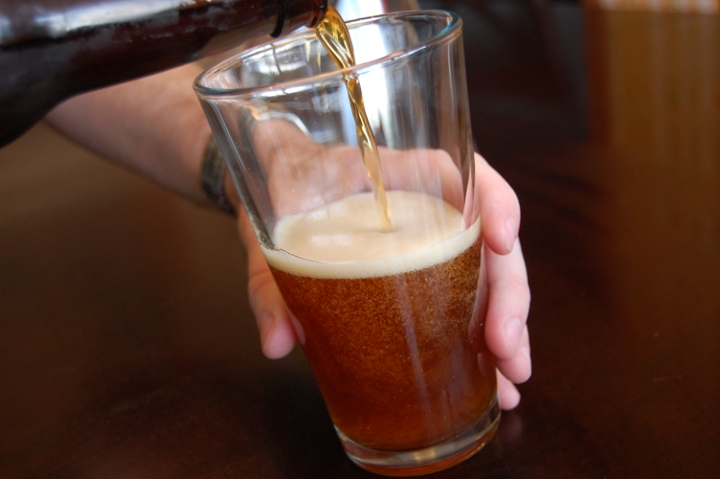 savvyhousekeeping make your own lagunitas brown shugga ale