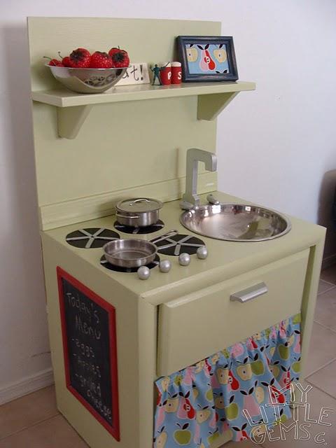 savvyhousekeeping kids kitchen