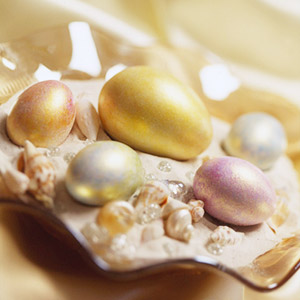 savvyhousekeeping easter egg dye dying peralized acrylic paint