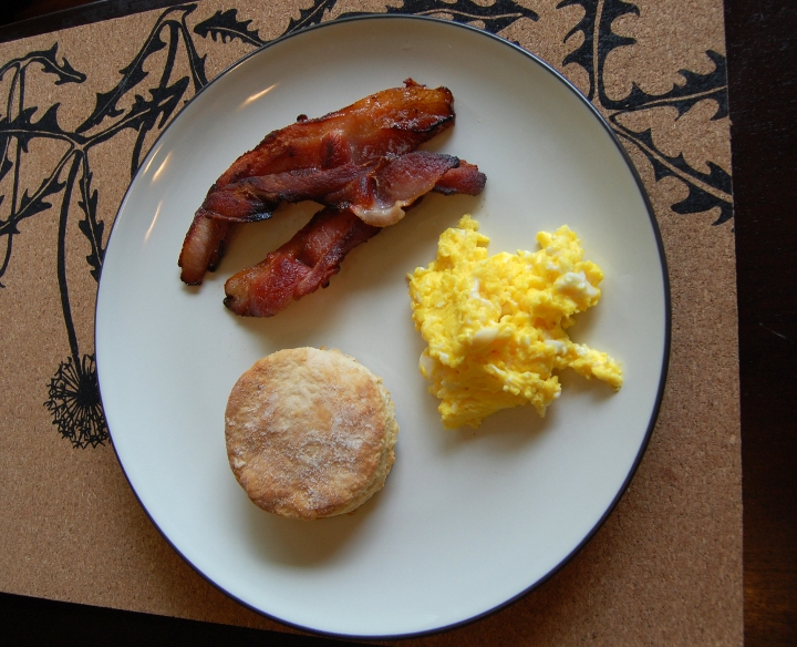 savvyhousekeeping make your own breakfsat homemade bacon grow eggs buttermilk biscuits egg recall