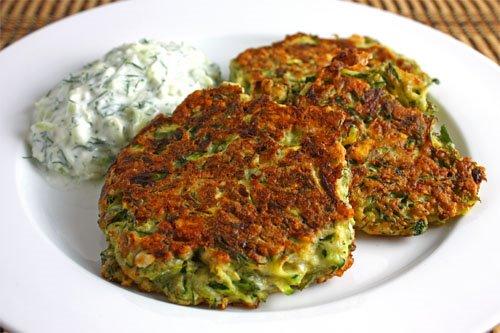 savvyhousekeeping 5 use up zucchini recipes muffins soup ravioli appetizer fritters