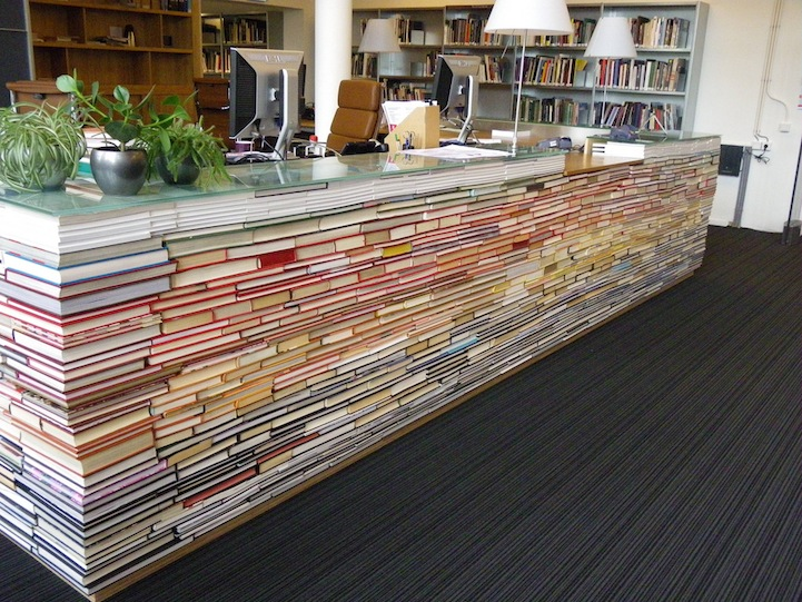 savvyhousekeeping library desk from recycled books