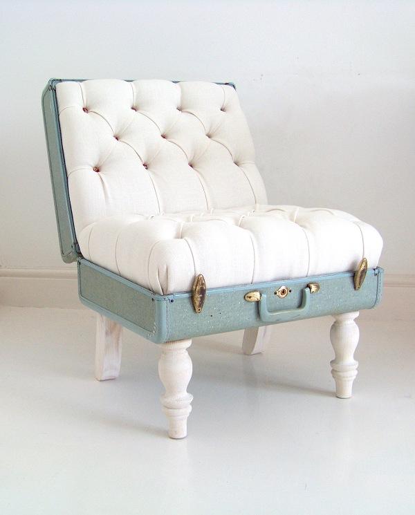 savvyhousekeeping suitcase chair