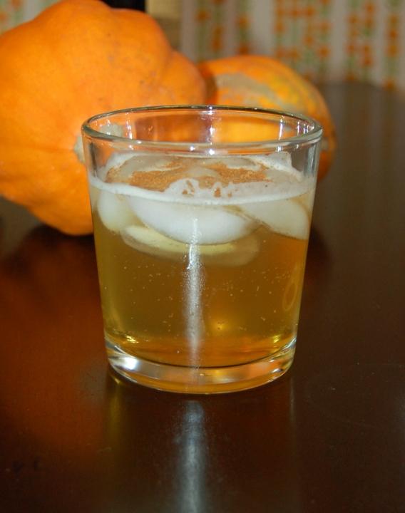 savvyhousekeeping fall cocktail harvest highball