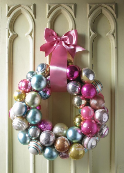 savvyhousekeeping diy make your own how-tos christmas wreaths lovely elegant cool unusual ornaments