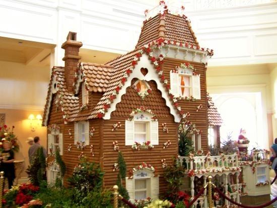savvyhousekeeping gingerbread house decorating ideas