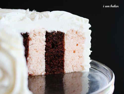 savvyhousekeeping vertical layer cake tutorial