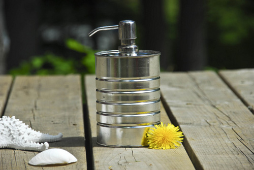 savvyhousekeeping 5 things to do with a tin can soap dispenser