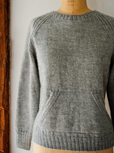 Savvyhousekeeping free knitting knit crochet pattern sweatshirt sweater