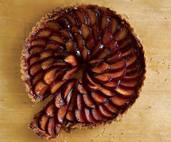 051094062-01-plum-tart-recipe_xlg